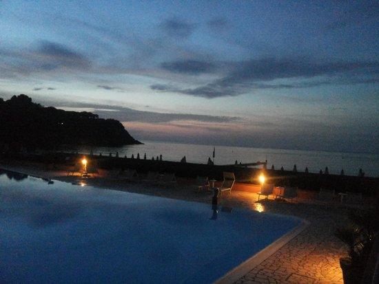 هوتل ديل جولفو: vista dalla piscina