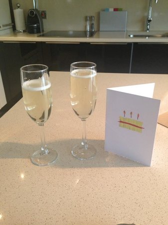 The Chester Residence : Complimentary Bubbly :)