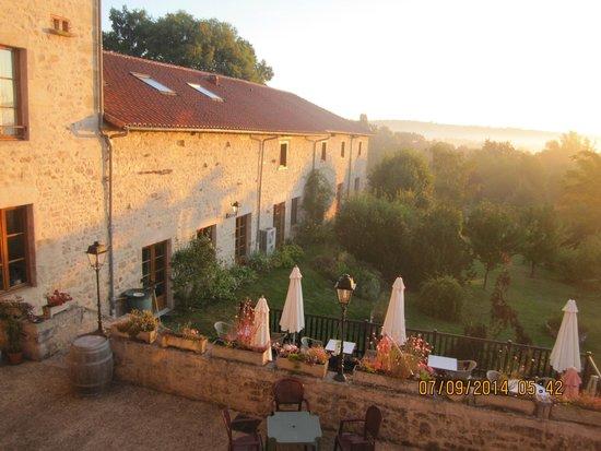 Auberge de la source hotel reviews price comparison for Auberge le jardin de la source