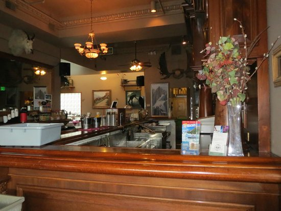Historic Anchorage Hotel: Bar/Breakfast Area