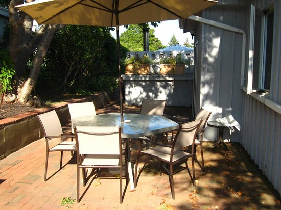 """Burcliffe """"By The Sea"""": Patio Area"""
