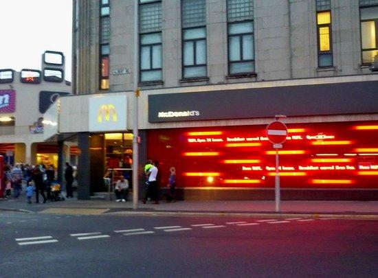Mcdonalds Bank Hey Street Blackpool Updated 2020