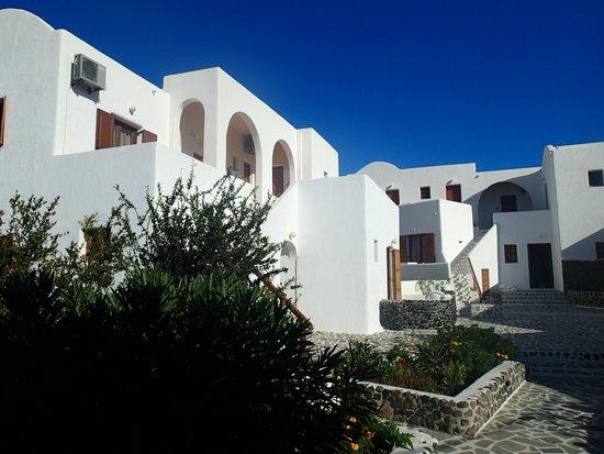 Adamastos Hotel: vue cour intérieure