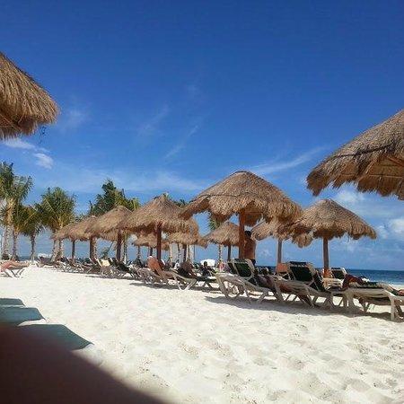 Hotel Riu Caribe Beach Huts