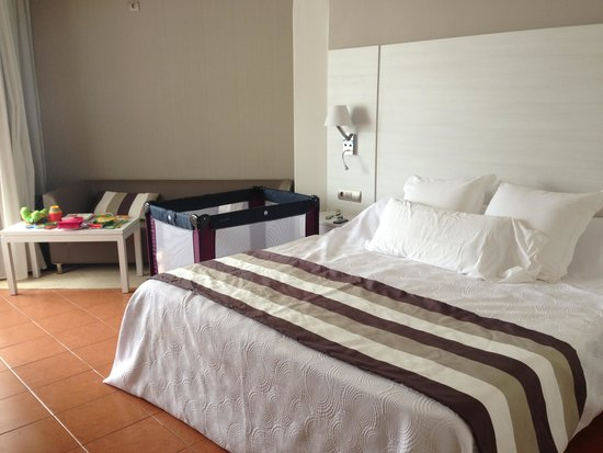 Hotel Tres Torres: Lovely rooms and comfy beds, room 413 floor 4