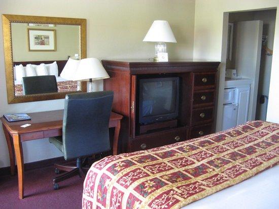 Days Inn Montrose: Room 218