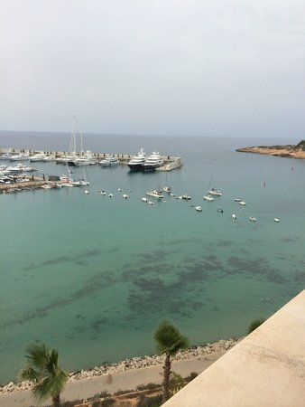 Hotel Pure Salt Port Adriano: View from balcony