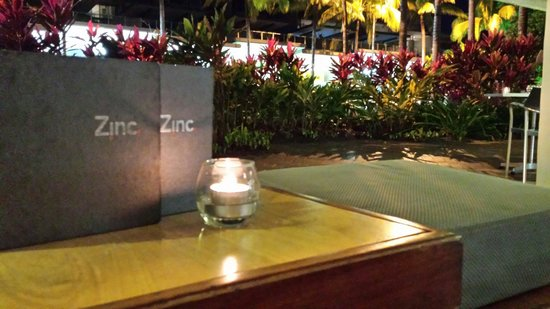 Zinc Port Douglas: Get a seat at the front for a drink.