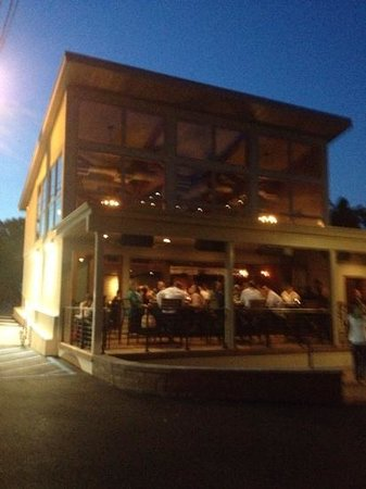 Grille 3501: New outdoor spot
