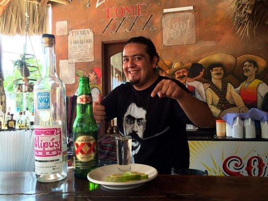 Viva Zapata Isla Holbox: Mauro!