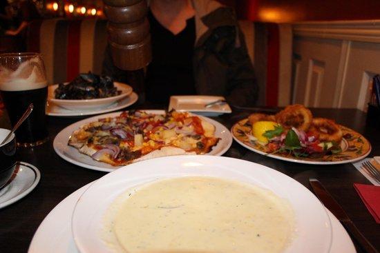 Salvador's Restaurant : cena