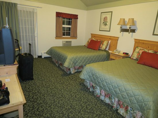 River's Edge Resort: Our room