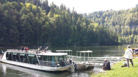 Bateaux du Saut du Doubs: Boat ride