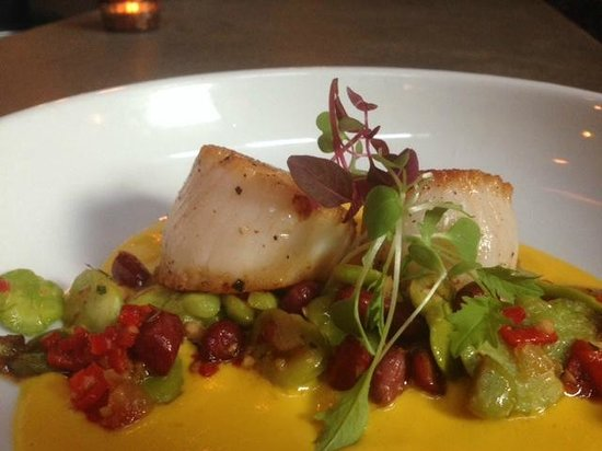 The Market Place Restaurant: Absolutely divine scallops from The Market Place
