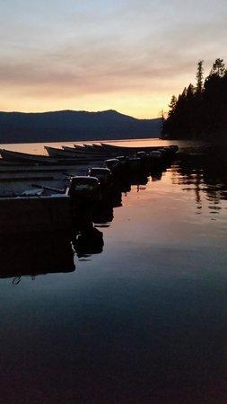 Diamond Lake Resort : Docks on Diamond Lake