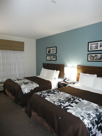 Sleep Inn & Suites N Austin: Beds
