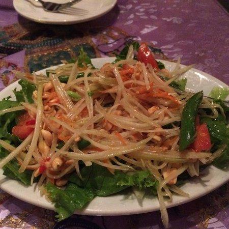 Thai Room Restaurant : Papaya Salad