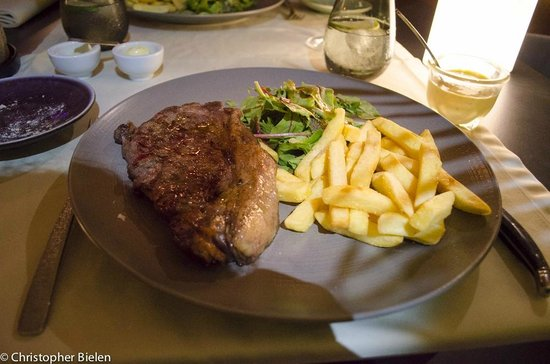 Restaurante Cafe Mencey: Entrecote with chips and salad