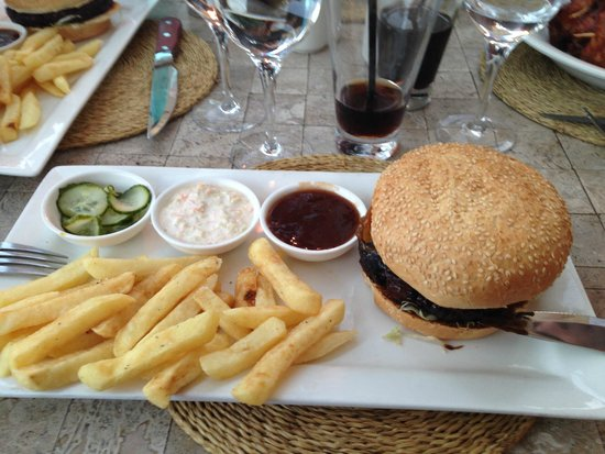 Belthazar Restaurant and Wine Bar: Hamburger