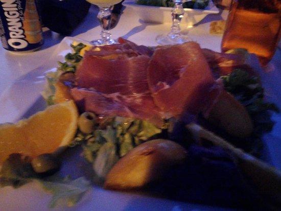 Le Petit Bouchon: salade a 8,50e