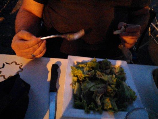 Le Petit Bouchon: une salade verte a 3,50e,ca fait cher la salade!