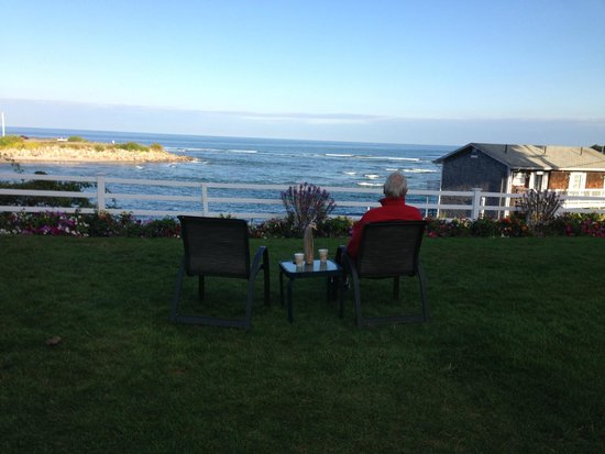 Terrace by the Sea: Ocean view from the lawn