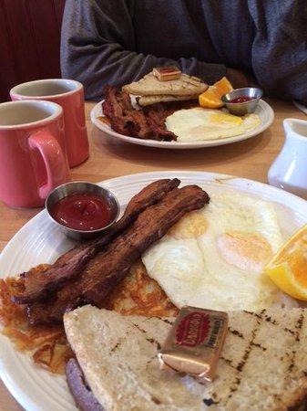 Mymy: good combo breakfast
