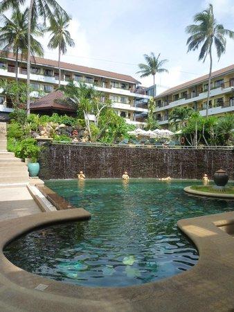 Karona Resort & Spa: The pool