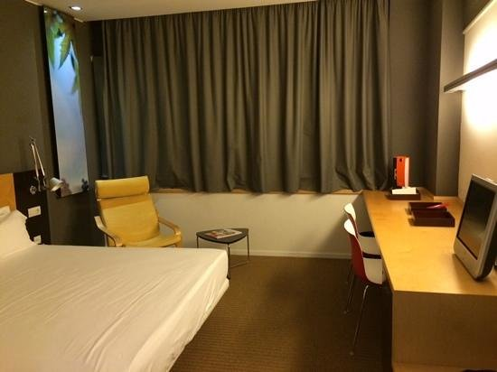 Hotel Sant Cugat : habitacion