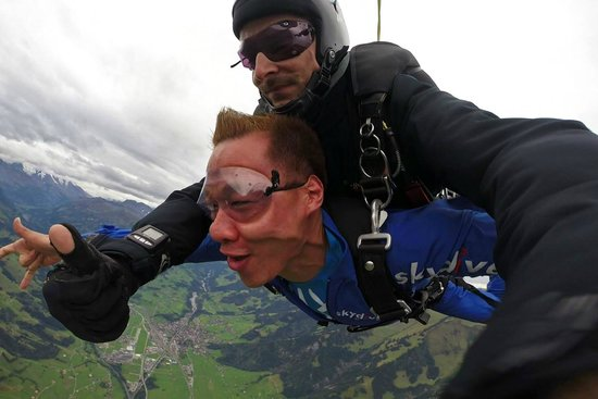 Skydive Switzerland - Scenic Air AG : Andy & I