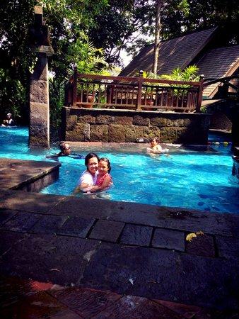 Hotel Novotel Bogor Golf Resort and Convention Center: pool