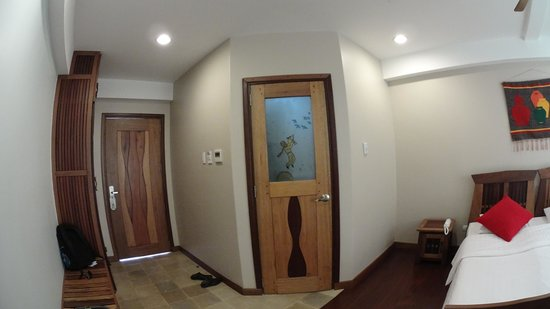 Corto del Mar Hotel: Room at 204