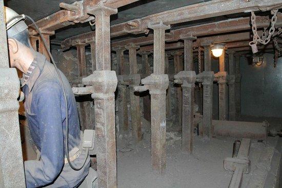 Centre historique minier - Musee de la Mine : intérieur de la mine