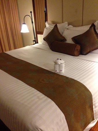 Anantara Hua Hin Resort: Very comfortable bed.
