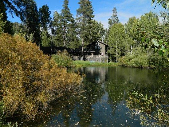 High Country Inn: Across the pond