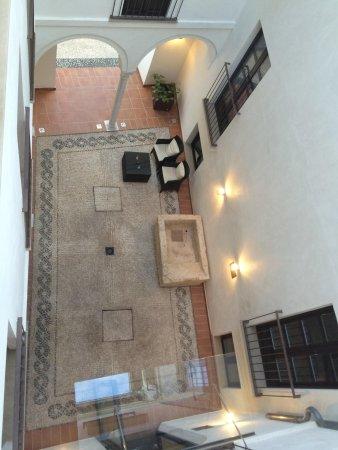 Eurostars Patios De Cordoba : Vista desde la habitación al patio