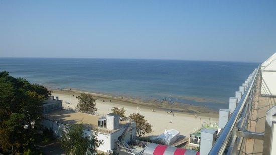 Baltic Beach Hotel & SPA : Вид на пляж и номера 801