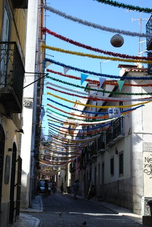 Lisbon Chill-Out Free Tour: Barrio Alto