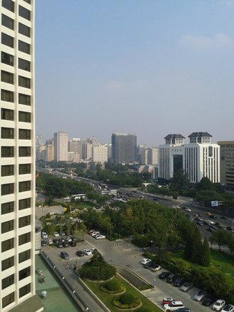 Beijing International Hotel: View from room of the main road