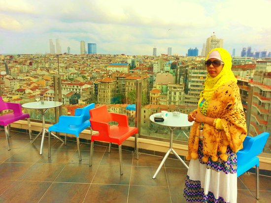 Point Hotel Taksim: Roof top