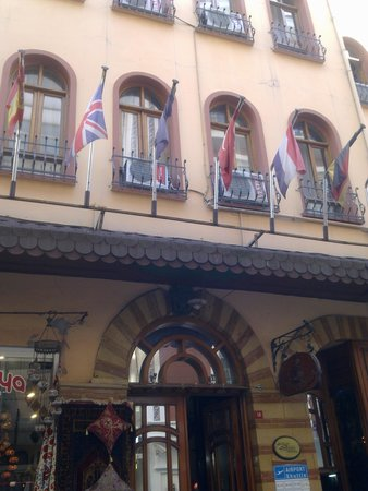 Historical Preferred Hotel Old City: Hotel Grand Seigneur: Front Facade