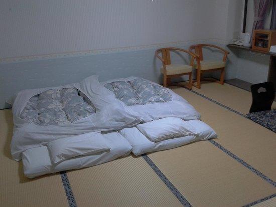 Iruka Hotel : Bedroom area