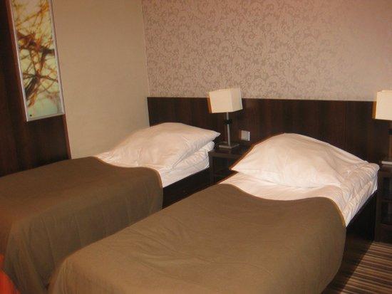 Park Hotel Diament Wroclaw: Interior de la habitación