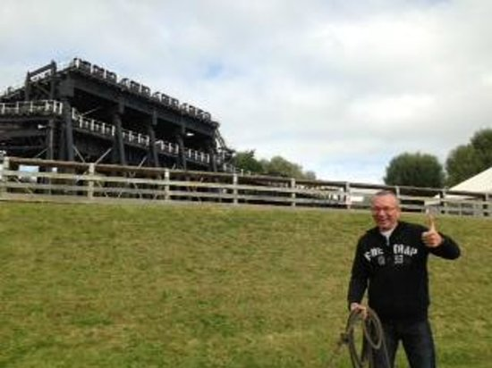 Wandering Duck Canal Boat Tours: Glyn at The Anderton Boat Lift Northwich
