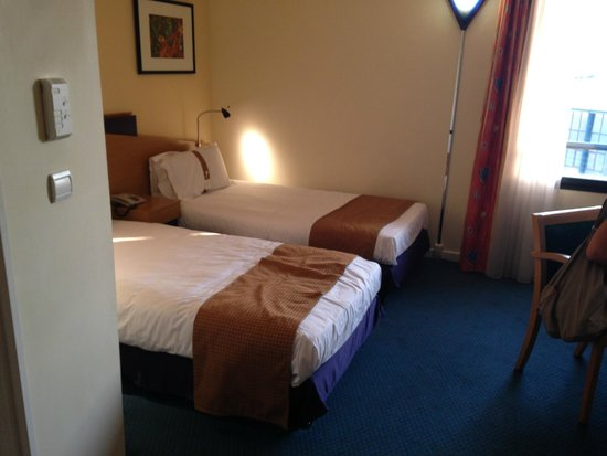Holiday Inn Express Arras: Buon albergo
