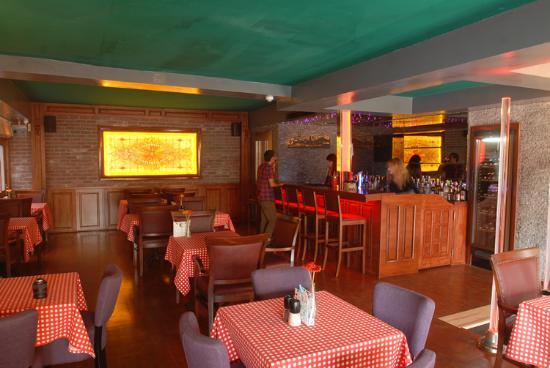 Alice Pub Restaurant