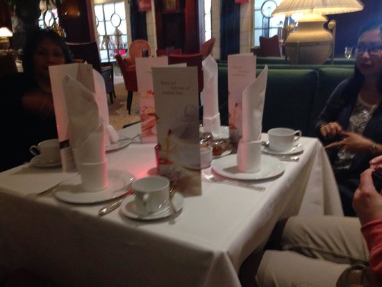 Kempinski Hotel Bristol : Afternoon tea