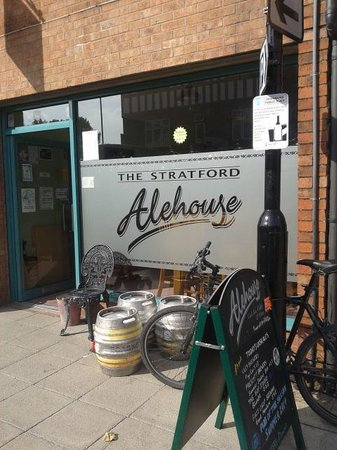 ‪The Stratford Alehouse‬