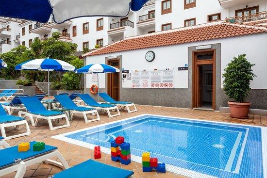 Apartamentos Casablanca: Zona piscina