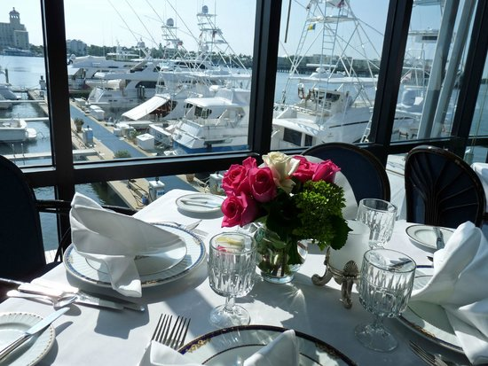 Palm Beach Yacht Club Nothing Better Than Lunch On The Waterfront